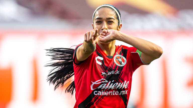 """Scoring Goals And Shattering Cultural Gender Norms With Renae """"Soccer Mom"""" Cuéllar"""