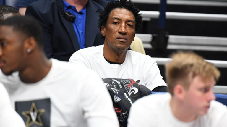 Scottie Pippen Declares Michael Jordan Wouldn't Have Made the NBA Finals Without Him