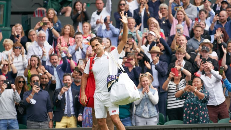 Roger Federer Elimination Leads to Rousing Standing Ovation