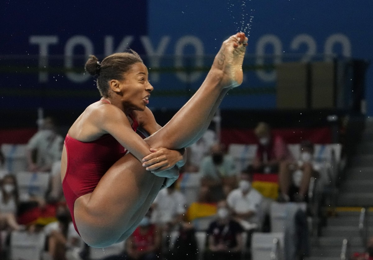 Jul 31, 2021; Tokyo, Japan; Jennifer Abel (CAN) in the women's 3m springboard diving semifinals during the Tokyo 2020 Olympic Summer Games at Tokyo Aquatics Centre. Mandatory Credit: Rob Schumacher-USA TODAY Sports